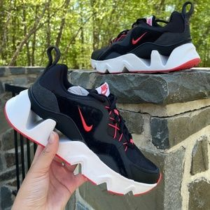 Nike 365 runners  OFFERS WELCOME